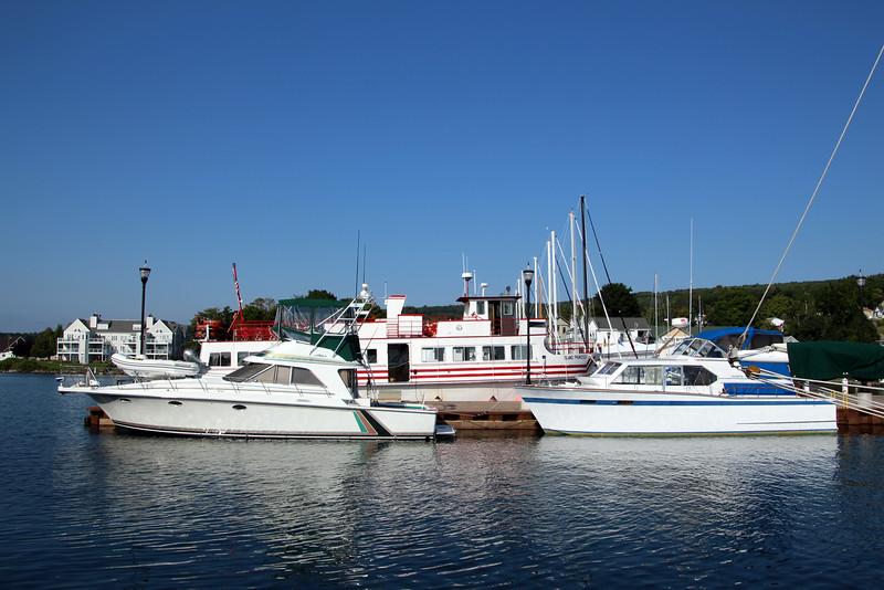 Bayfield Wisconsin, Harbor Scene