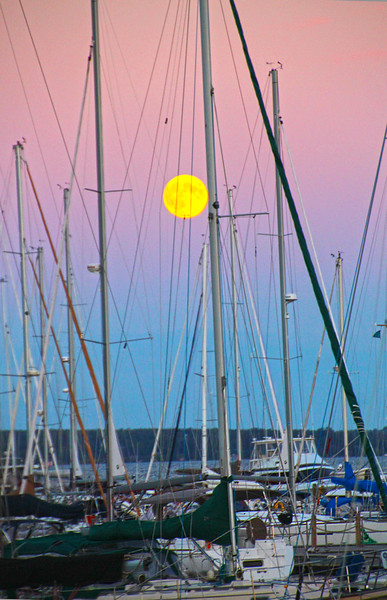 Bayfield Wisconsin, Apostle Islands National Lakefront, Port Superior Marina, Harvest Moon