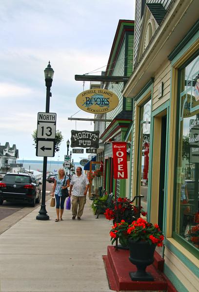 Bayfield Wisconsin, Shoppers, Rittenhouse Avenue