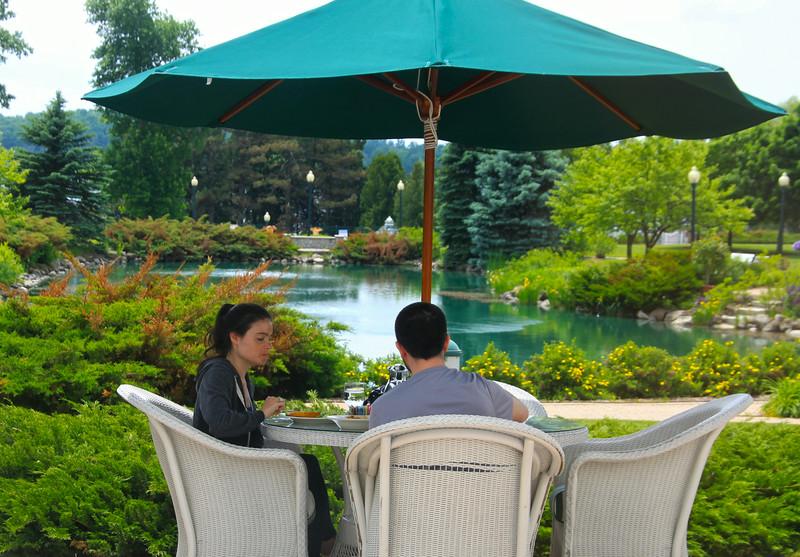 Elkhart Lake Wisconsin, Osthoff Hotel, Dining Al Fresco