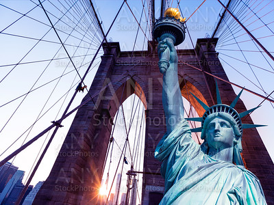 Liberty Statue and Brooklyn bridge New York