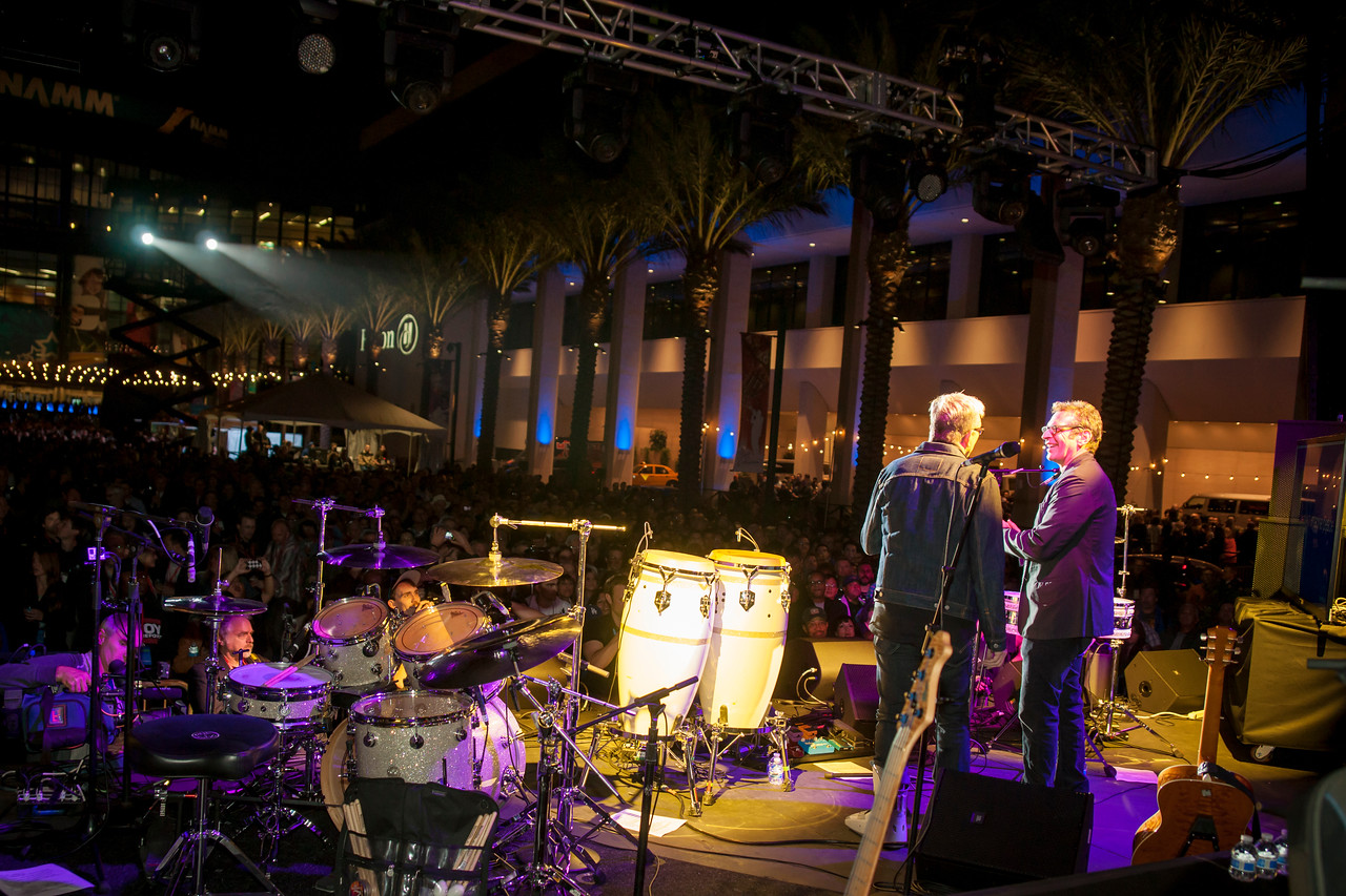 2014_01_24, Anaheim, CA, Anaheim Convention Center, NAMM, art alexakis, brian rothschild,