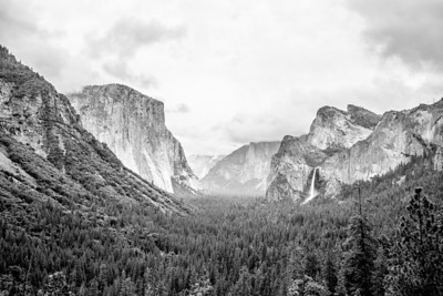 Tunnel View - Yosemite National Park