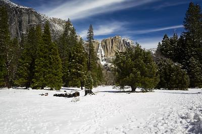 Upper Yosemite Fall. Trail Head of Four Mile Trail. Southside Drive. Yosemite National Park, CA, USA