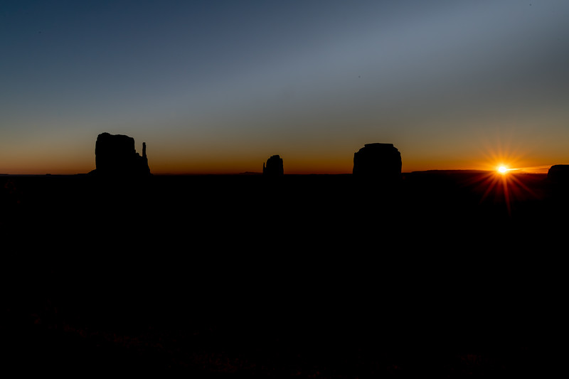 Sunrise, Monument Valley, Utah