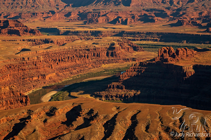 Colorado River and Canyonlands NP from Dead Horse State Park, Utah