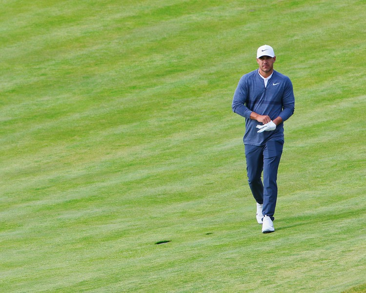 IMAGE: https://photos.smugmug.com/US-Open-Shinnecock-Hills-2018/i-3zQMcJb/0/83273a7d/L/Brooks%20Koepka%20strutting-L.jpg