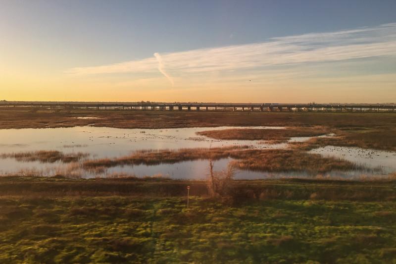 Sunrise views from the Amtrak Coast Starlight train