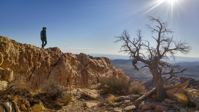 The best view of Las Vegas | Hiking the Calico Tanks Trail, Red Rock Canyon, Las Vegas, NV