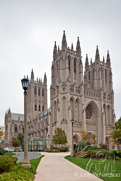 Washington National Cathedral from the side