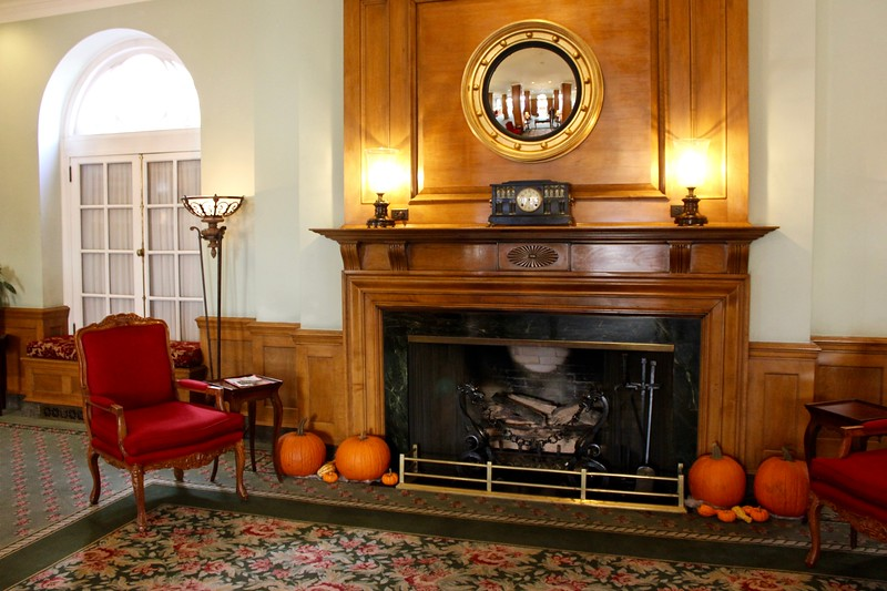 fireplace at the Hotel Northampton in Northampton, Massachusetts