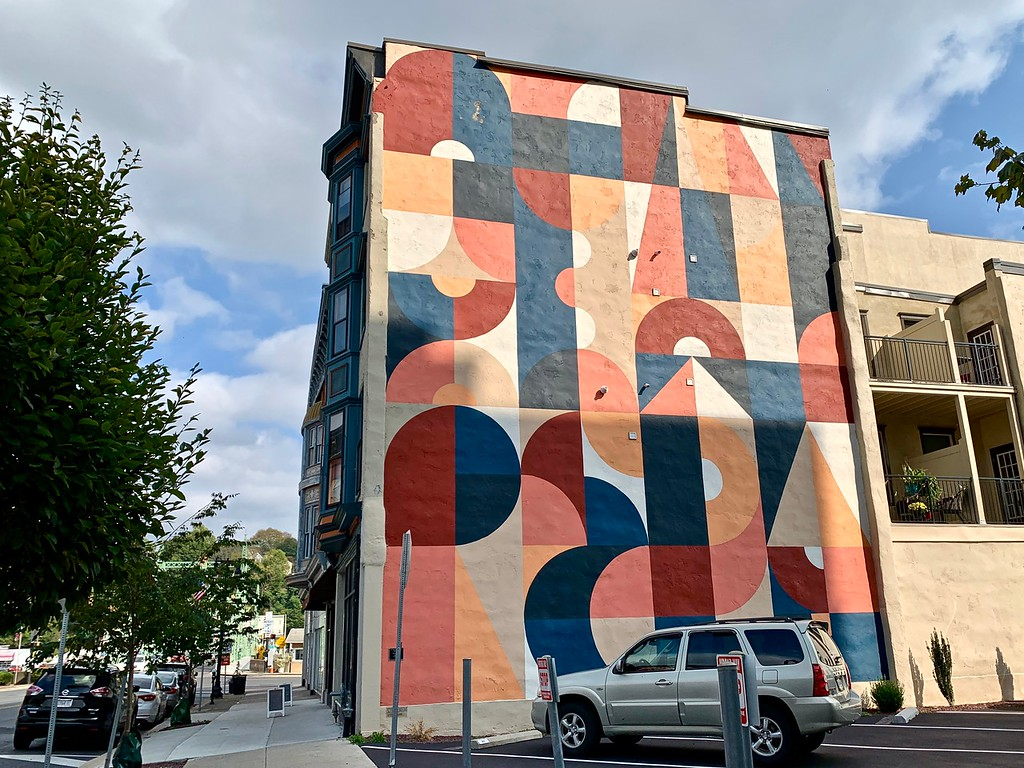one of the Easton Mural Project murals (artist: Scott Albrecht) in Easton, PA