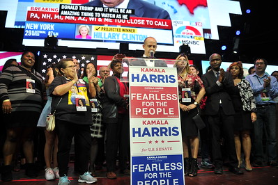 SENATOR ELECT5 KAMALA HARRIS AT VICTORY RALLY AT THE EXCHANGE IN LOS ANGELES CALIFORNIA ON NOVEMBER 8, 2016 PHOTOS BY VALERIE GOODLOE
