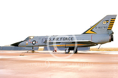 F-106AUSAF 00129 A static Convair F-106A Delta Dart USAF 80780 460th FIS BEWARE OF THE TIGER 3-1973 military airplane picture by R J Mills, Jr