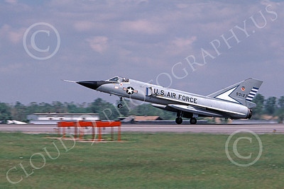 F-106AUSAF 00167 A landing Convair F-106A Delta Dart USAF 90127 48th FIS TAZLANGLIAN DEVILS 7-1981 military airplane picture by Ronald McNeil