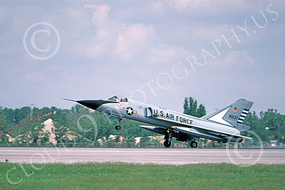 F-106AUSAF 00161 A landing Convair F-106A Delta Dart USAF 90137 48th FIS TAZLANGLIAN DEVILS 7-1981 military airplane picture by Ronald McNeil