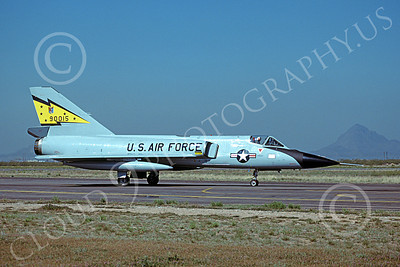 F-106AUSAF 00121 A taxing Convair F-106A Delta Dart USAF 90015 5th FIS SPITTEN KITTENS D-M AFB 3-1979 military airplane picture by Benjamin Knowles, Jr