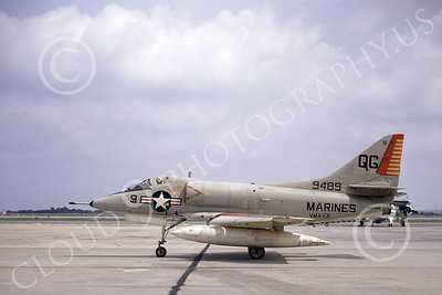 A-4USMC 00331 A taxing Douglas A-4C Skyhawk USMC 149489 VMA-131 DIAMONDBACKS NAS Jacksonville 5-1972 military airplane picture by L B Sides