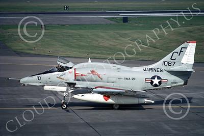 A-4USMC 00139 A taxing Douglas A-4 Skyhawk USMC 151087 VMA-211 WAKE ISLAND AVENGERS Yokota AB 6-1974 military airplane picture by Hideki Nagakubo