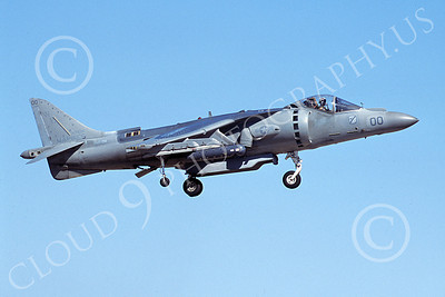 AV-8B-USMC 00070 A landing McDonnell Douglas AV-8B Harrier USMC 165586 WE code VMA-214 BLACK SHEEP 6-2005 airplane picture by Michael Grove, Sr