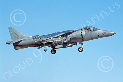 AV-8B-USMC 00062 A landing McDonnell Douglas AV-8B Harrier USMC 165586 WE code VMA-214 BLACK SHEEP 6-2005 airplane picture by Michael Grove, Sr
