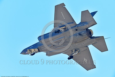 F-35USMC 00042 A landing Lockheed Martin F-35B Lightning II USMC 169165 VMFA-121 GREEN KNIGHTS VK tail code stealth jet fighter 7-2016 military airplane picture by Peter J  Mancus