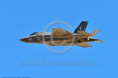 F-35USMC 00036 A flying Lockheed Martin F-35B Lightning II USMC 169166 VMFA-121 GREEN KNIGHTS VK tail code stealth jet fighter 7-2016 military airplane picture by Peter J  Mancus