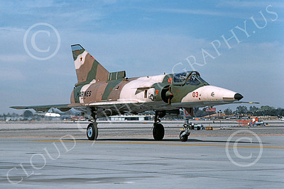 F-21-USMC 00025 A taxing Israeli Aircraft F-21 Kfir jet fighter USMC 999764 VMFT-401 SNIPERS MCAS Yuma 2-1989 military airplane picture by Mick Roth
