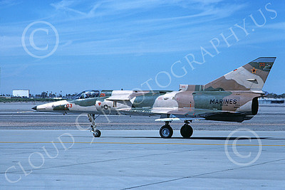 F-21-USMC 00021 A taxing Israeli Aircraft F-21 Kfir jet fighter USMC 999764 VMFT-401 SNIPERS MCAS Yuma 2-1989 military airplane picture by Mick Roth