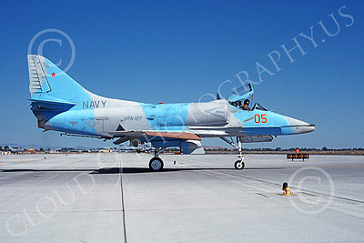 A-4USN 00343 A taxing Douglas A-4F Skyhawk attack jet US Navy 150076 VFA-127 BATMEN NAS Fallon 8-1985 military airplane picture by Michael Grove, Sr