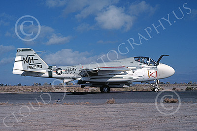 KA-6DUSN 00009 A taxing Gruman KA-6D USN 152920 VA-95 GREEN LIZARDS USS America NAS Fallon 11-1978 military airplane picture by Michael Grove, Sr