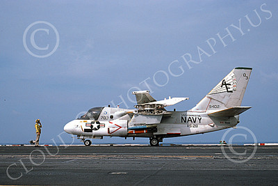 S-3USN 00119 A taxing Lockheed S-3A Viking USN 159402 VS-28 PROFESSIONALS USS Forrestal 9-1986 military airplane picture by Al Torres