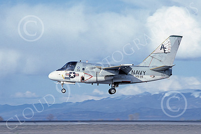 S-3USN 00104 A landing Lockheed S-3 Viking USN 159741 VS-28 PROFESSIONALS USS Independence NAS Fallon 4-1983 military airplane picture by Michael Grove, Sr