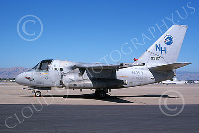 S-3USN 00021 A static Lockheed S-3 Viking USN 154387 VS-29 TROMBONERS USS Carl Vinson NAS Moffett 9-1988 military airplane picture by Tom Chee