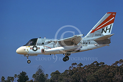 S-3USN 00302 A landing Grumman S-3 Viking USN 0129 VS-33 SCREWBIRDS USS Kitty Hawk  5-1978 airplane picture by Michael Grove, Inc