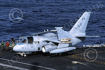 S-3USN 00127 A Lockheed S-3A Viking USN VS-35 BOOMERANGERS on USS Abraham Lincoln 12-1997 military airplane picture by Robert Piekin