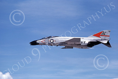 F-4USN 00068 A flying McDonnell Douglas F-4 Phantom II US Navy 151476 VF-301 DEVIL'S DISCIPLES ND code 5-1980 military airplane picture by Michael Grove