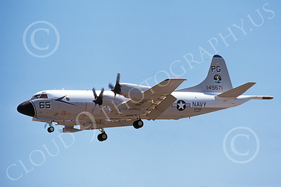 P-3USN 00132 A landing Lockheed P-3 Orion USN 149671 VP-65 TRIDENTS 8-1975 airplane picture, by Michael Grove, Sr