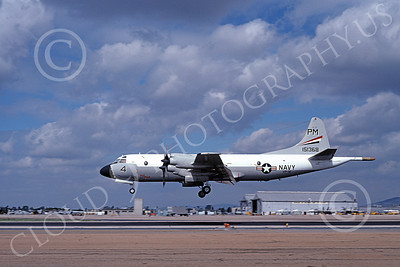 P-3USN 00154 A landing Lockheed P-3 Orion USN 151368 VP-91 BLACK CATS NAS Miramar 2-1979 military airplane picture by Michael Grove, Sr
