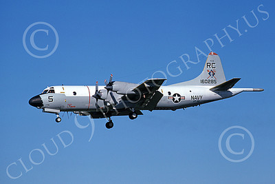 P-3USN 00322 A landing Lockheed P-3A Orion USN 160285 VP-46 GRAY KNIGHTS RC code 7-1978 military airplane picture by Michael Grove, Sr