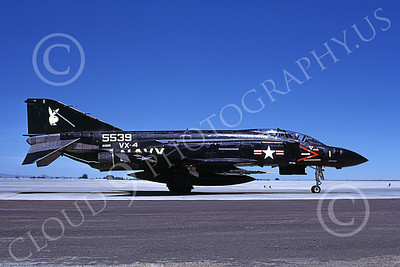 F-4USN 00046 A taxing McDonnell Douglas F-4J Phantom II US Navy 155539 VX-4 VANGUARDS NAAS Fallon 6-1985 military airplane picture by Michael Grove, Sr