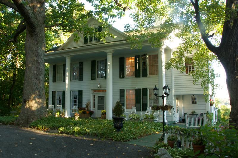 Clifton-Renwick House (c. 1812) Saugerties, NY