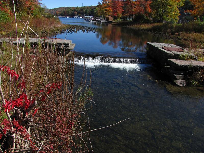 13 Harveys Lake Creek outlet and dam
