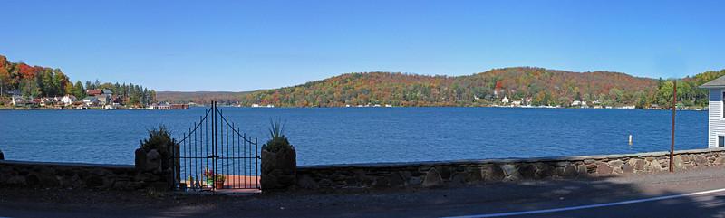 19 Harveys Lake panorama from south end of lake