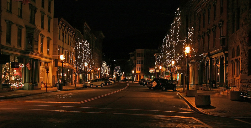 012 Christmas on historic Broadway in Jim Thorpe, PA
