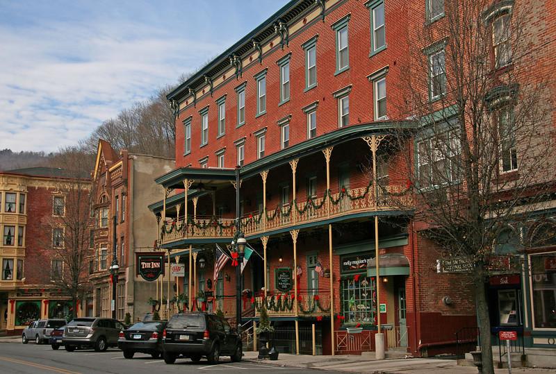 069 The Inn at Jim Thorpe • 24 Broadway • Jim Thorpe, PA 18229
