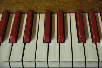 Red and White Keys