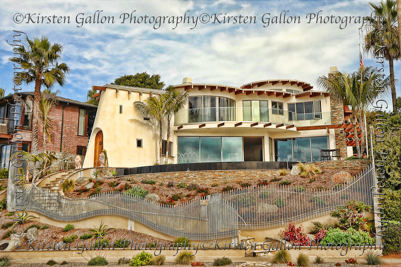 Cool house residing at Sunset Cliffs.