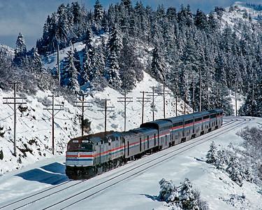 February 1988.  Westbound Amtrak No. 5 approaches Switch 9 on Donner Pass.