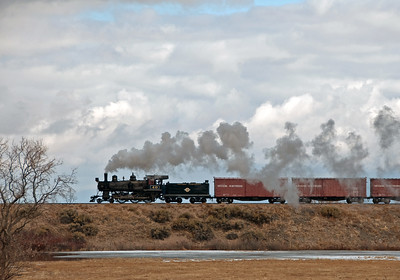 February 12, 2012.  The high wheeled passenger pedigree of the 40 is sure evident in this broadside on the fill approaching Lackawanna crossing.